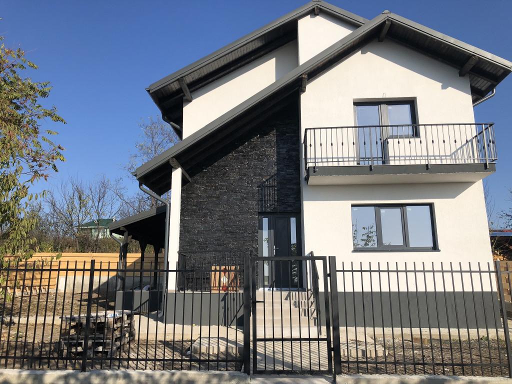Vila 4 camere, 100 mp utili, 420 mp teren - Miroslava, zona notariat