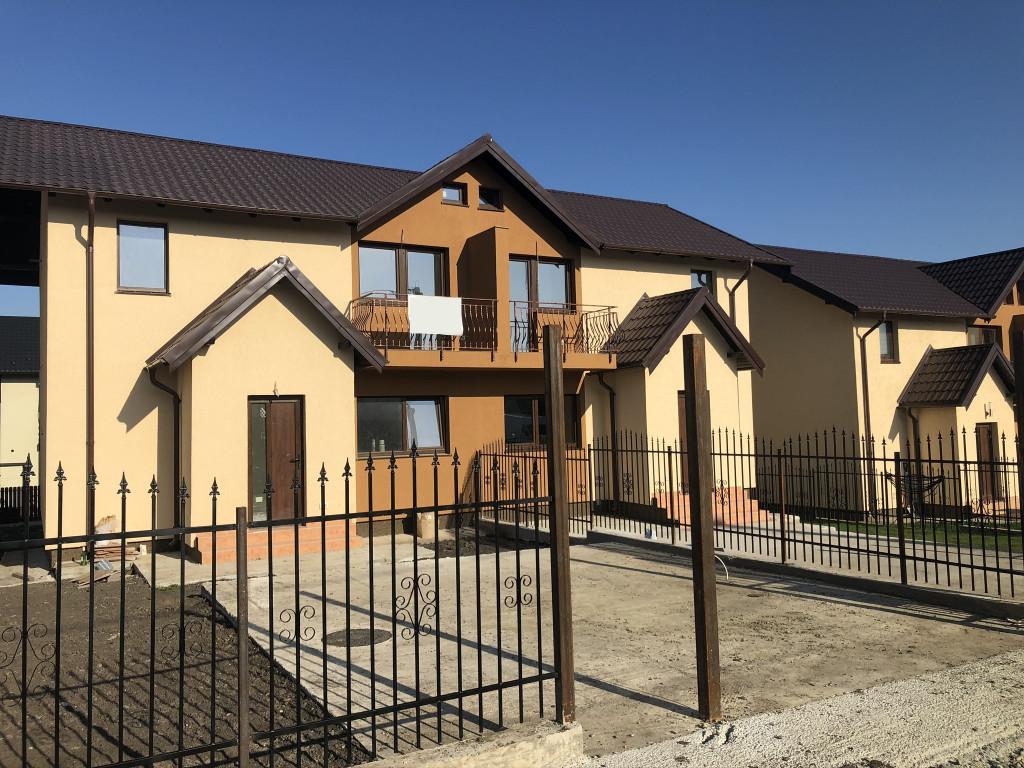 Casa 3 camere, tip duplex, 90 mp utili, capat CUG - Valea Adanca