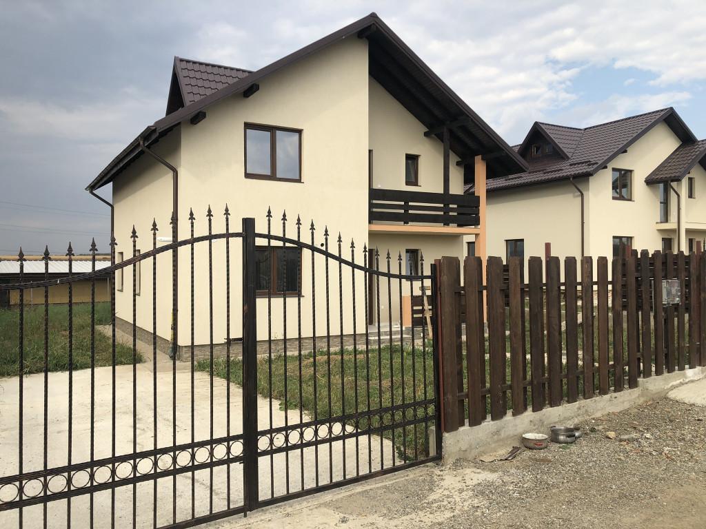 https://partener-imobiliare.ro/ro/vanzare-houses-villas-5-camere/miroslava/vila-5-camere-114-mp-utili-350-mp-teren-miroslava_438
