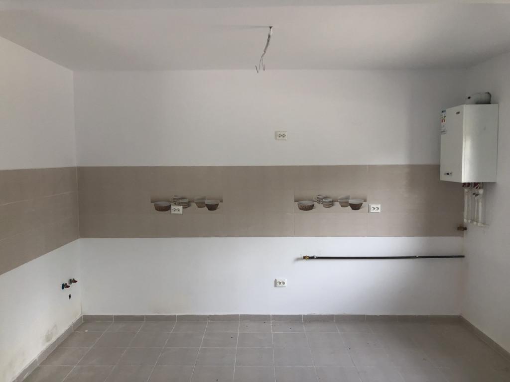 Apartament 2 camere, 47 mp + parcare, Pacurari - Valea Lupului