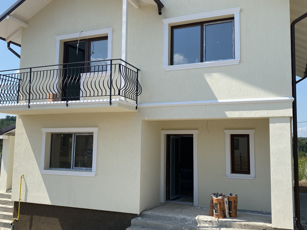Vila 4 camere, 110 mp utili, 440 mp teren, Valea Adanca (Miroslava)