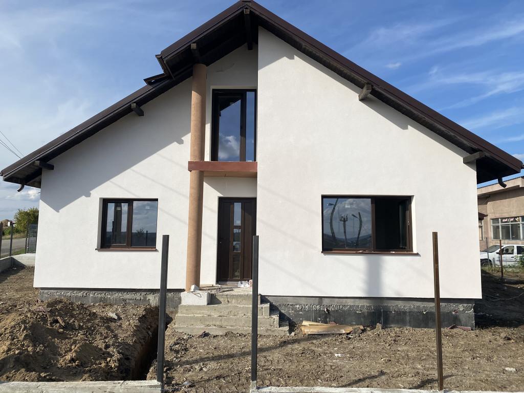 CANALIZARE!Asfalt!5 camere!Casa Popas Pacurari-Valea Lupului