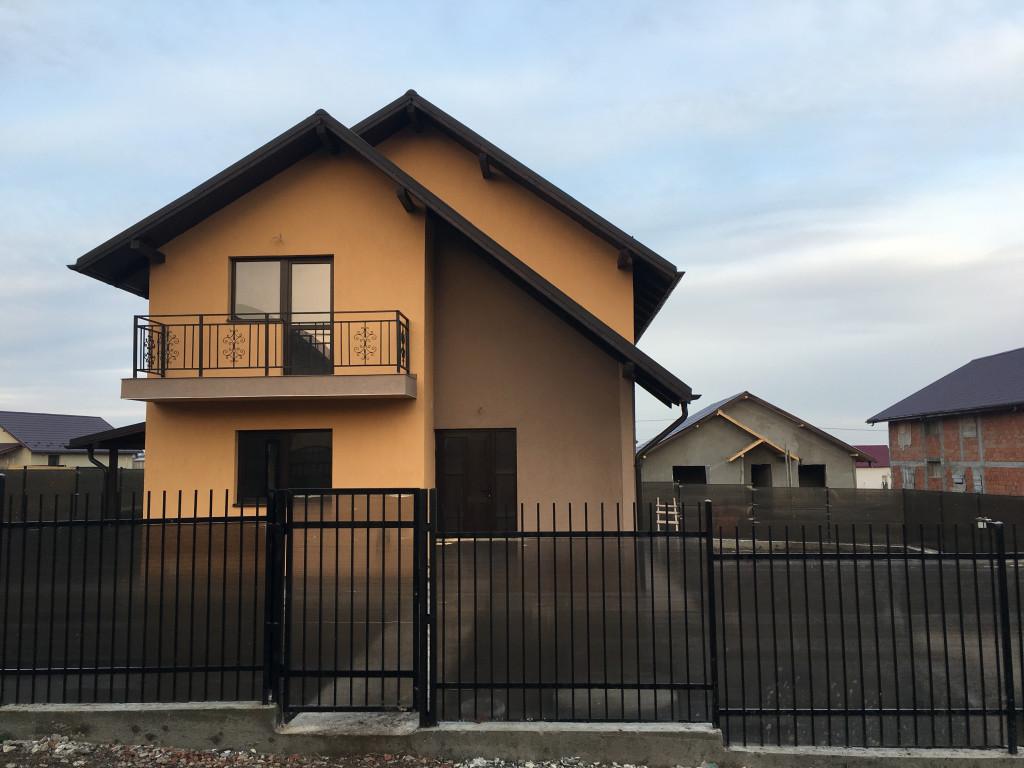 Casa individuala, 4 camere, 105 mp utili, zona Horpaz