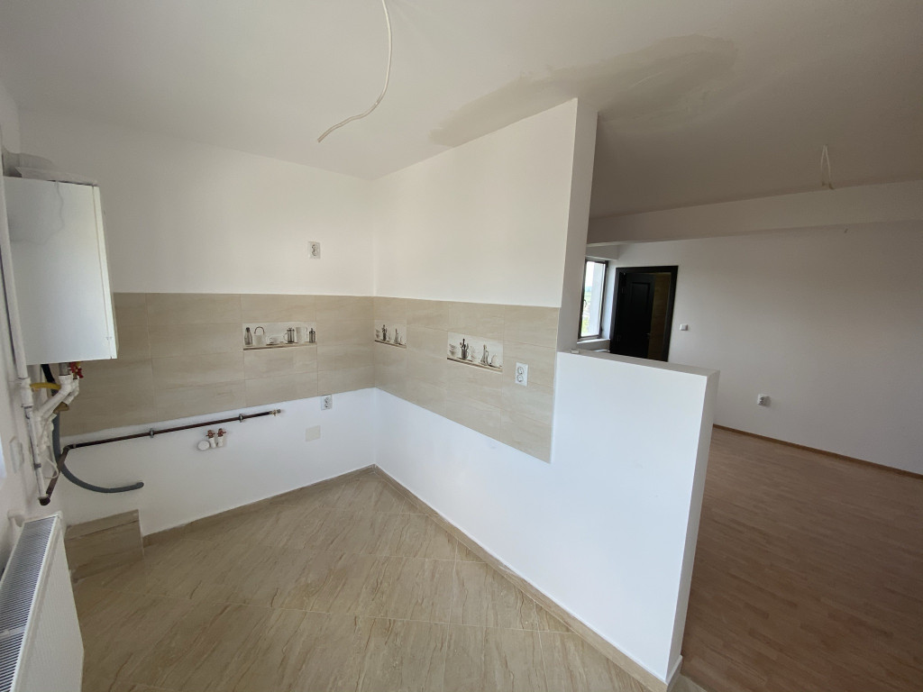 https://partener-imobiliare.ro/ro/vanzare-apartments-1-camere/rediu-iasi/comision-0apart1-camera41-mppacurari-rediu-valea-lupuluipacare_906